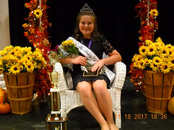 Scholarship Pageant Queen Reghan Miller
