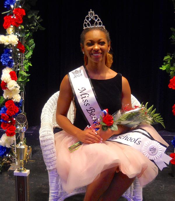 Miss Pageant Queen Sabrina Franklin
